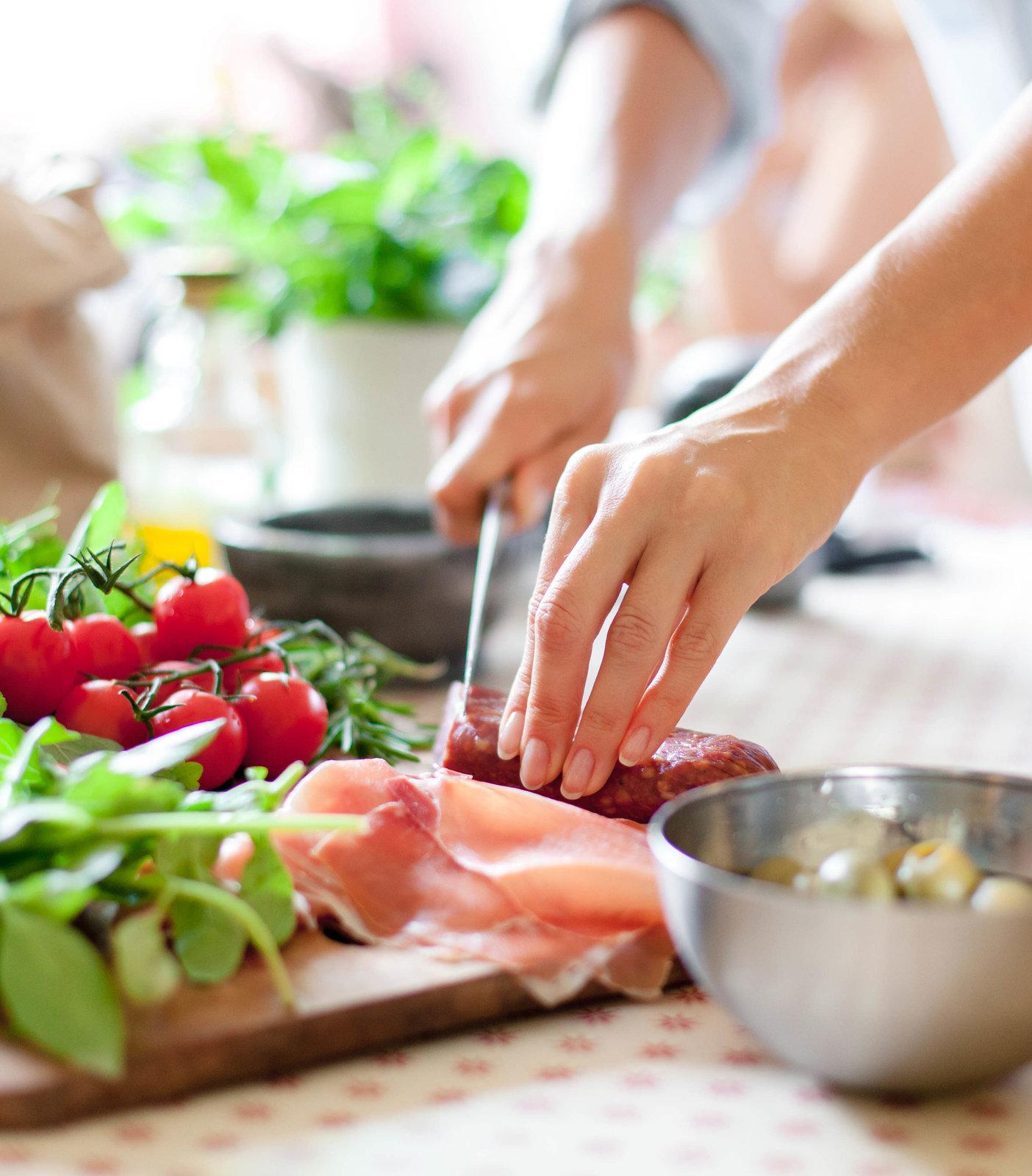 cocinando comida sana