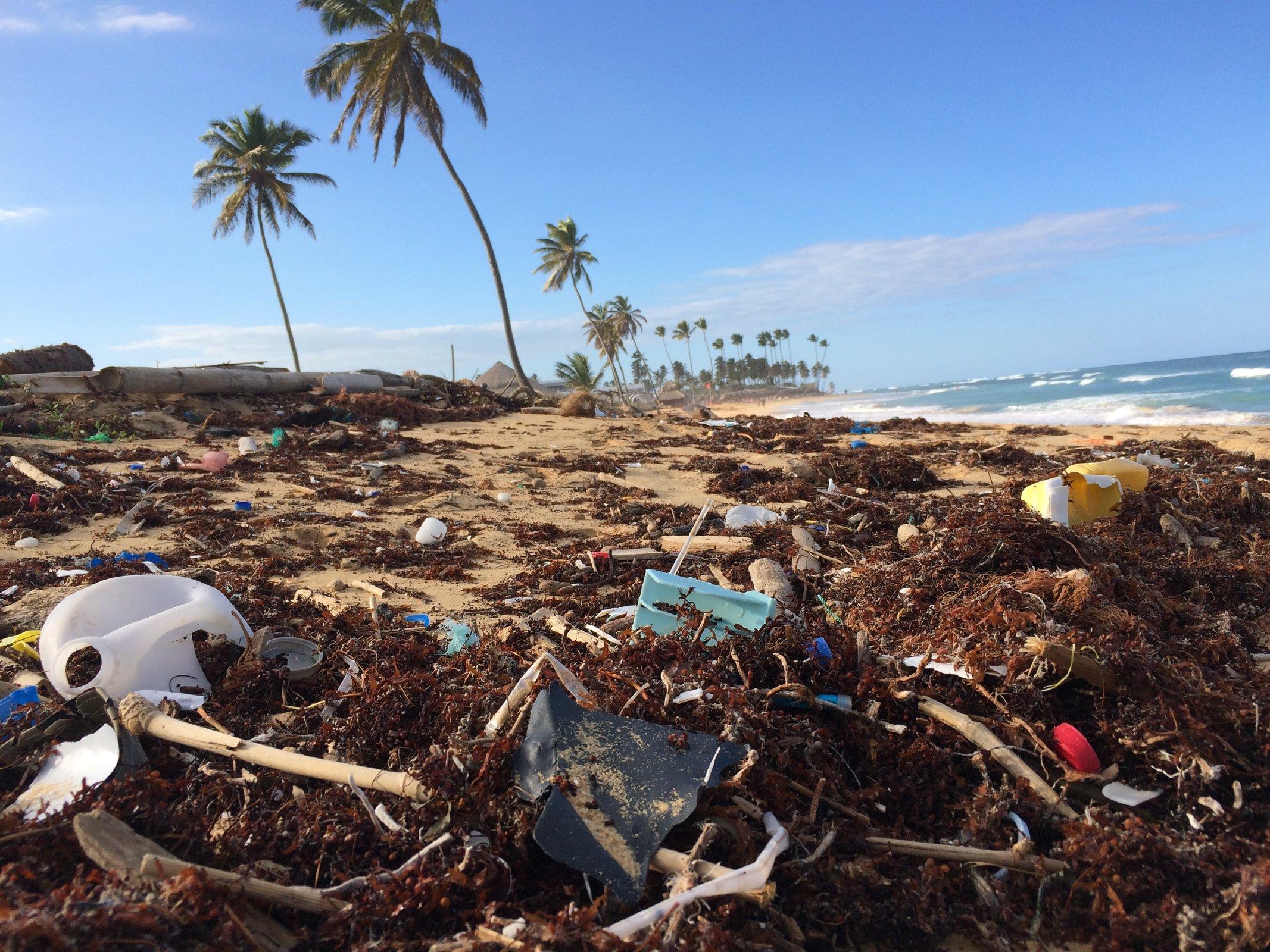 restos en las playas