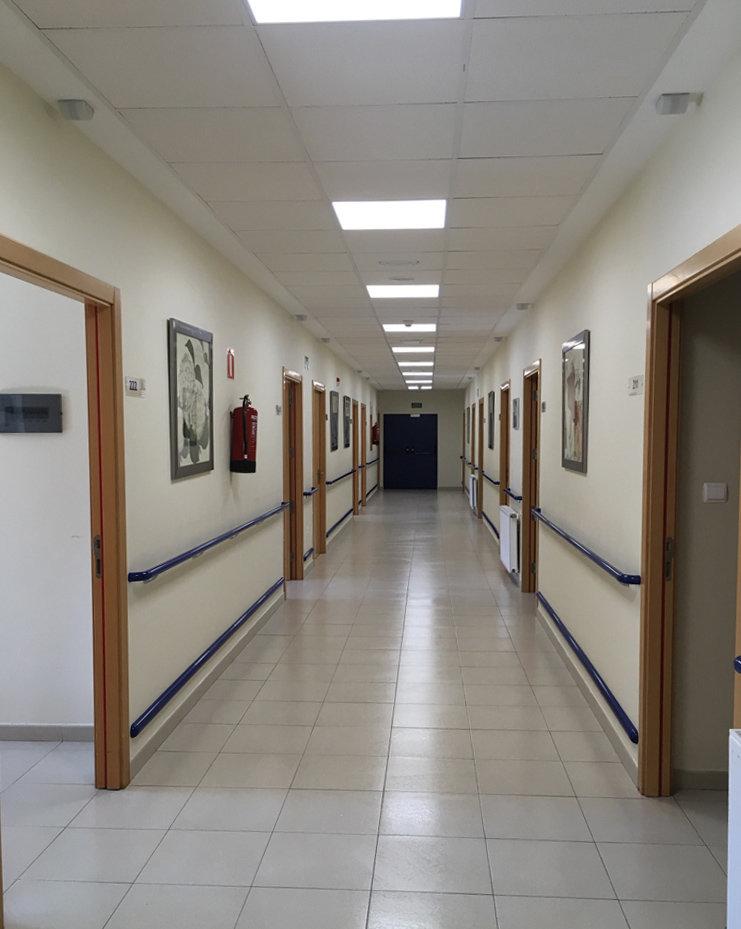 pasillo de residencia de cangas