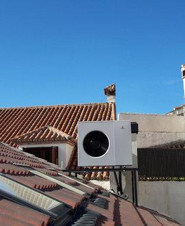 Aerotermia y suelo radiante refrescante para una vivienda reformada en Colmenar Viejo